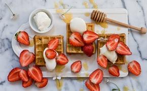 Картинка ягоды, клубника, мёд, десерт, вафли