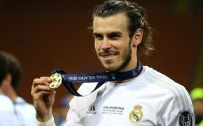Картинка улыбка, футбол, медаль, футболист, football, игрок, champions league, Реал Мадрид, Real Madrid, Лига чемпионов, Gareth …