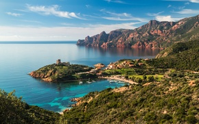 Картинка горы, Франция, дома, побережье, бухта, яхты, море, крепость, Corsica, скалы