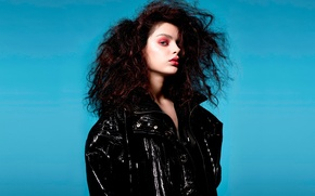 Картинка причёска, Odeya Rush, макияж, журнал-V