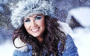 Обои мех, девушка, снег, зима, одежда, шапка