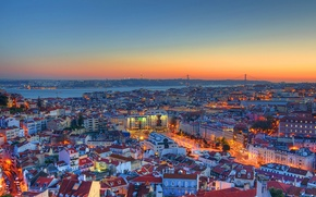 Картинка небо, закат, огни, Португалия, Лиссабон, 25 апреля мост, крыш