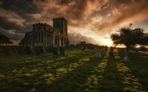 Картинка небо, солнце, закат, замок, дерево, газон, Англия, кладбище, надгробия, обои от lolita777