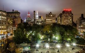 Картинка деревья, ночь, огни, дома, Нью-Йорк, площадь, США, Манхэттен, Union Square