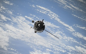 Картинка space, sky, clouds, cosmos, satellite, atmosphere, technology, outer space, zero gravity