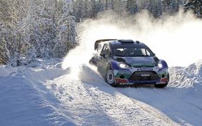 Картинка Ford, Зима, Снег, Лес, Поворот, Занос, Car, Focus, WRC, Rally, Sport, J.M. Latvala
