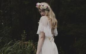 Картинка лето, девушка, природа, блондинка, белое платье, векнок