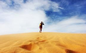 Картинка песок, пустыня, человек, lone traveller in the sand