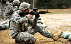 Картинка оружие, солдат, автомат, стрельба, экипировка, гильза, стрельбище, М4 Carbine