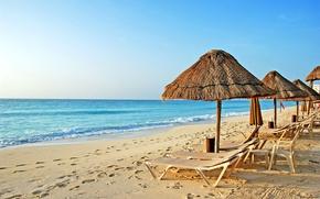 Картинка песок, море, пляж, небо, океан, берег, зонт, топчан, перу, mancora