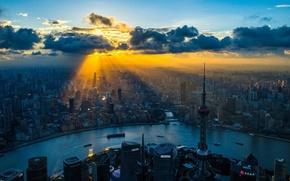 Картинка city, China, Shanghai, river, sky, clouds, sunrise, buildings, skyscrapers, ships, cityscape, sun rays, rays of ...