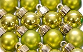 Обои блеск, шары, ёлочные игрушки, новый год, зеркальный, желто-зеленые, украшения, отражение, праздник, много, шарики