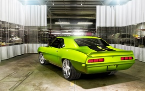 Картинка машина, гараж, тачка, Chevrolet Camaro, Rides Green Monster 34
