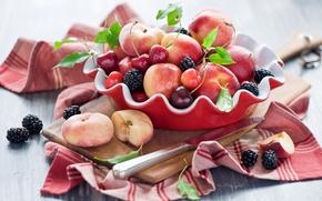 Обои доска, персики, черешня, ягоды, натюрморт, нож, фрукты, нектарин, Anna Verdina, лето, вишня, ежевика