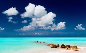 Картинка песок, море, пляж, небо, вода, облака, пейзаж, тучи, природа, камни, океан, берег, остров, горизонт