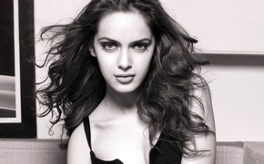 Картинка девушка, актриса, красавица, girl, sexy, eyes, smile, beautiful, model, pretty, beauty, lips, hair, brunette, pose, …