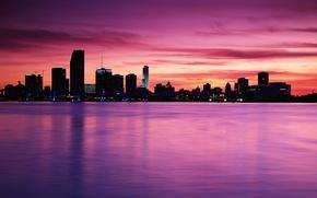 Обои море, небо, вода, город, река, блеск, здания, розовое, помещение