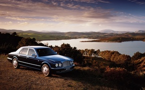 Обои Bentley, озеро, Arnage, облака