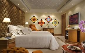 Картинка стол, комната, интерьер, картина, телевизор, конфеты, пентхаус, квартира, диваны, спальня, дорого, penthouse, люкс, обои wallpaper
