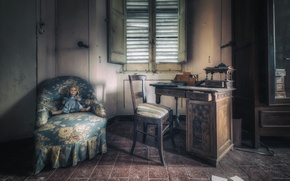 Картинка комната, кресло, кукла