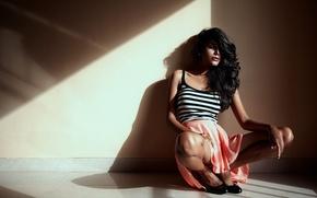 Картинка beautiful, lips, красавица, indian, Natasha Suri, model, индийский, cute, bollywood, pose, beauty, heels, актриса, figure, …