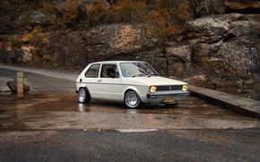 Обои дорога, природа, ручей, volkswagen, white, Classic, cars, auto, golf, rabbit, подьем, mk1, обои авто