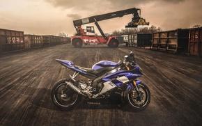 Картинка мото, вечер, контейнер, Мотоцикл, Yamaha, sportbike, Yamaha R6, погрузчик, Ямаха Р6