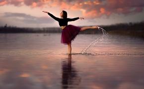 Картинка Dance, танец, девушка, в воде