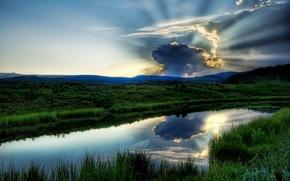 Обои озеро, вода, зелень, небо, река, пейзаж