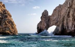 Обои небо, море, скалы, арка, волны, брызги