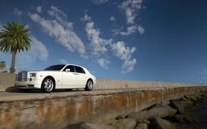 Обои Камни, Небо, Rolls-Royce Phantom, Пальма