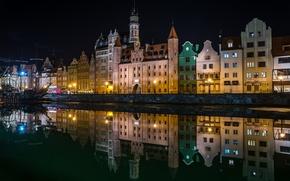 Картинка вода, ночь, огни, отражение, река, корабль, дома, парусник, Польша, фонари, набережная, Gdansk