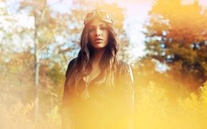 Картинка осень, девушка, фото, брюнетка, очки, амулет, photo, photographer, David Olkarny