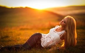Картинка лето, девушка, солнце, свет, природа