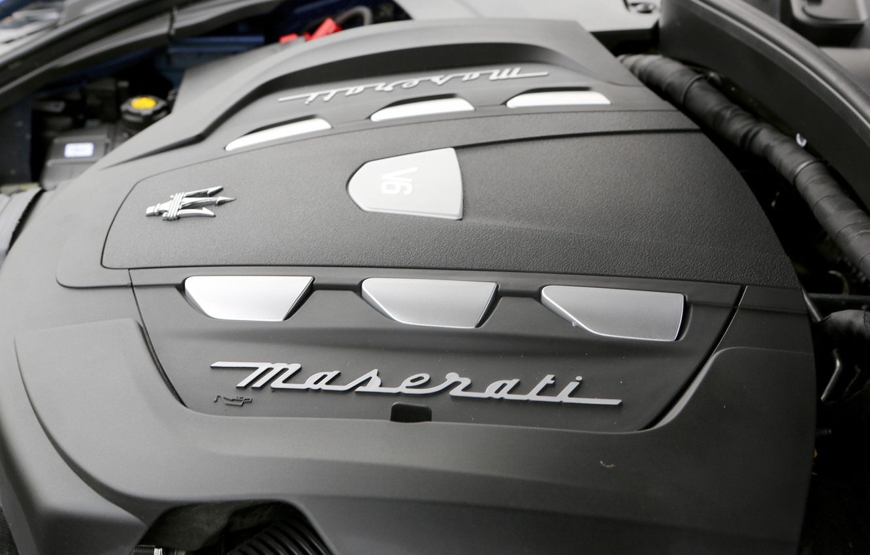 Фото обои серый, Maserati, logo, engine, 2017, Levante