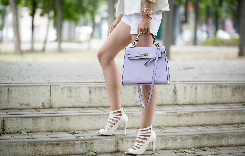 женские ноги на улицах города летом фото разобраться этим