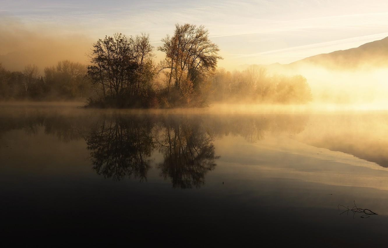 ставить туманное утро фото на рабочий стол необходимо