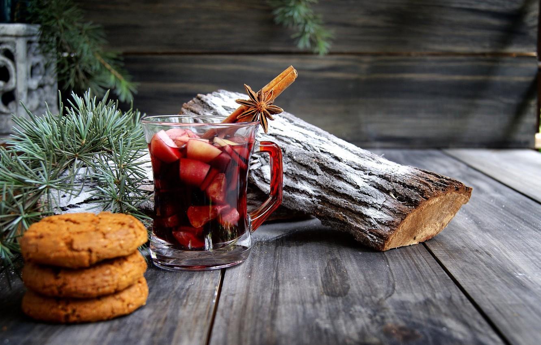 Фото обои ветки, праздник, доски, новый год, рождество, печенье, чашка, пол, напиток, корица, хвоя, сосна, полено, специи, …