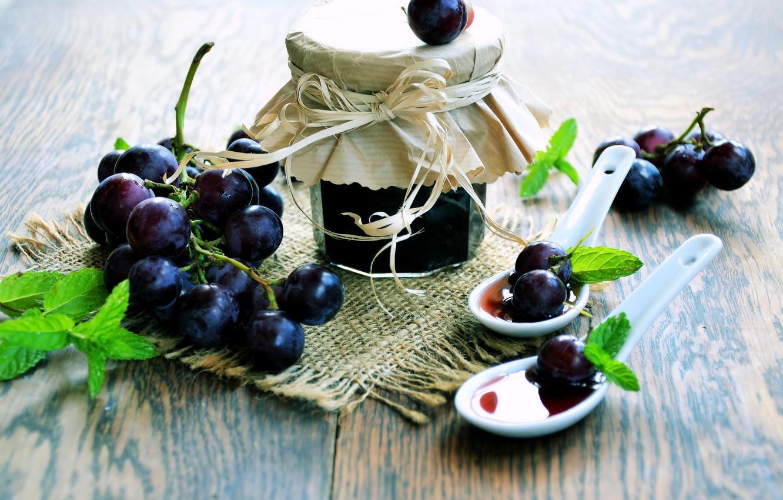 Фото обои виноград, банка, мята, варенье, ложки