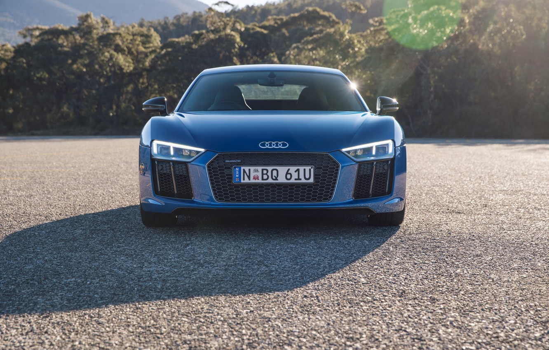 Фото обои машина, асфальт, Audi, фары, решетка, передок, V10