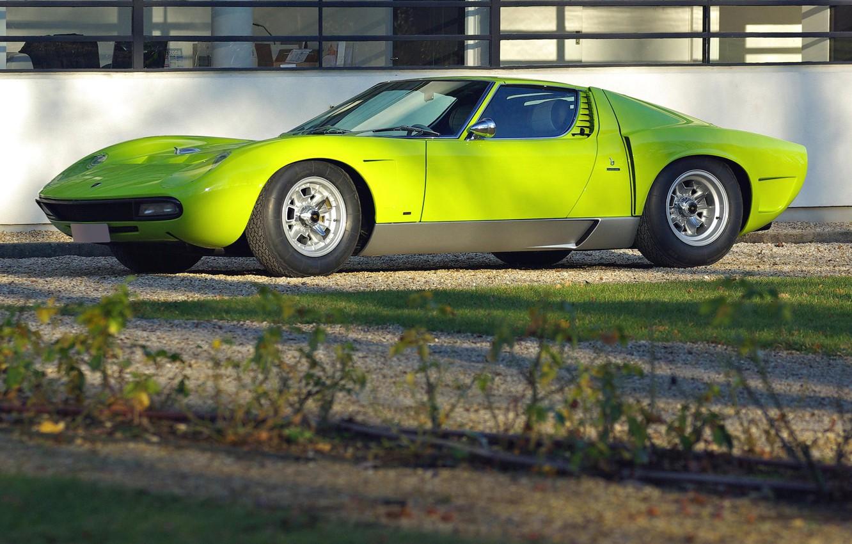 Обои зеленая, Lamborghini miura, здание, вид сбоку. Автомобили foto 6