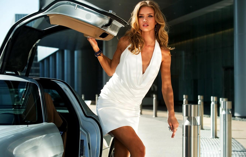 Фото обои секси, модель, Mercedes-Benz, sexy, красотка, AMG, SLS, Transformers, Тёмная сторона Луны, Трансформеры 3, Dark of …