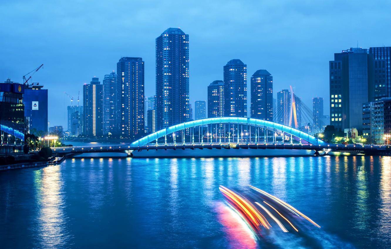 Фото обои небо, тучи, мост, огни, река, голубое, небоскребы, вечер, выдержка, Япония, подсветка, Токио, сумерки, мегаполис, столица