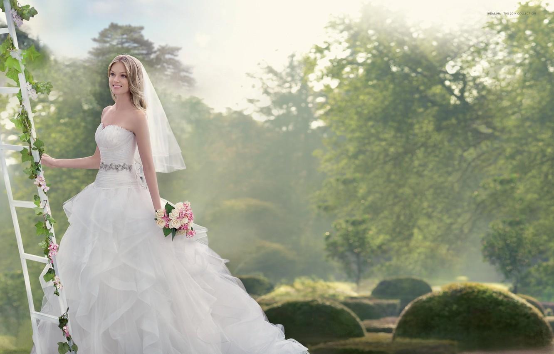 Фото обои улыбка, праздник, модель, букет, платье, невеста, фата, свадьба, Lindsay Ellingson