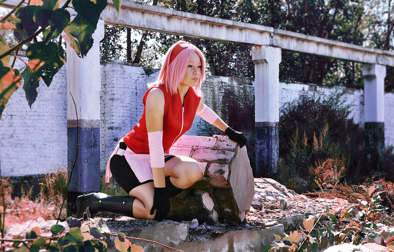 Фото обои девушка, развалины, naruto, cosplay, Sakura Haruno, kunoichi