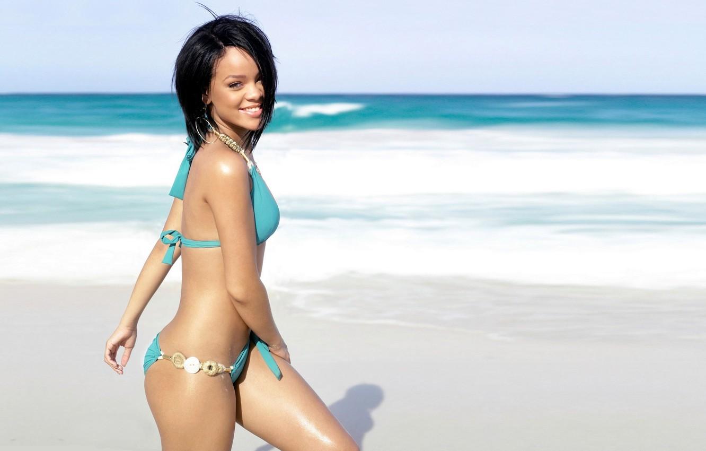 Фото обои пляж, купальник, девушка, берег, rihanna, рианна
