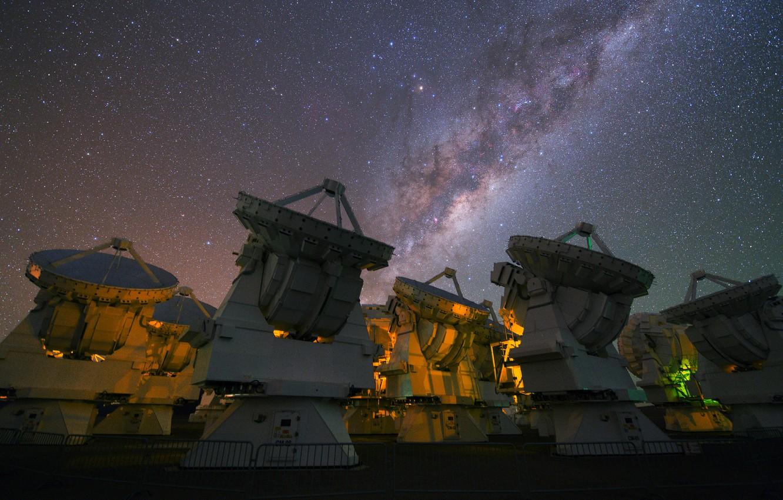Фото обои небо, звезды, Млечный путь, радиотелескоп