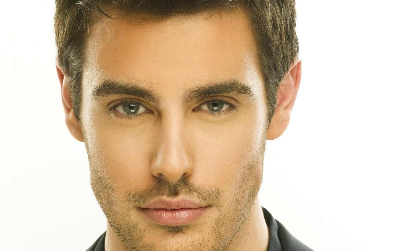 Фото обои green, blue, eyes, beautiful, lips, singer, hair, greece, handsome, shirt, beard, martakis, kostas, greek