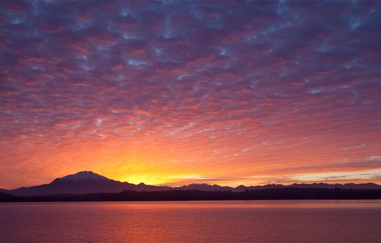 Фото обои небо, облака, деревья, закат, горы, озеро, берег, вечер, Чили, вдали, Chile, Пуэрто-Варас, Puerto Varras