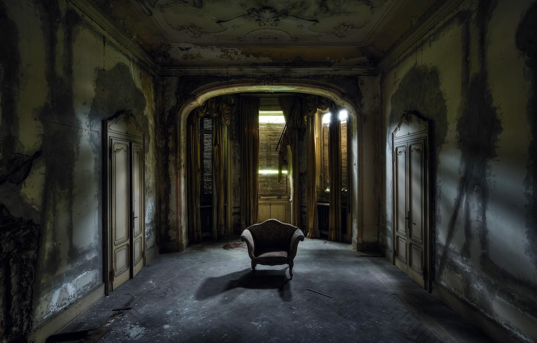 заброшенный дом и открытая дверь фото этот день учебные